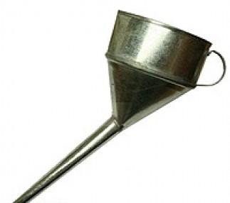 Лейка автомобильная металл CARLIFE FM001 косая под клапан